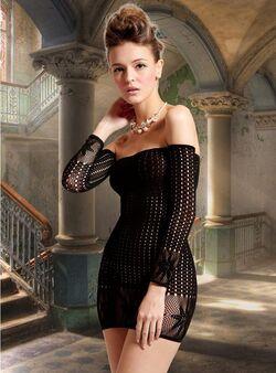 Lexi Seamless Off Shoulder Dress